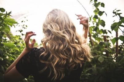 Regenerace vlasů po létě